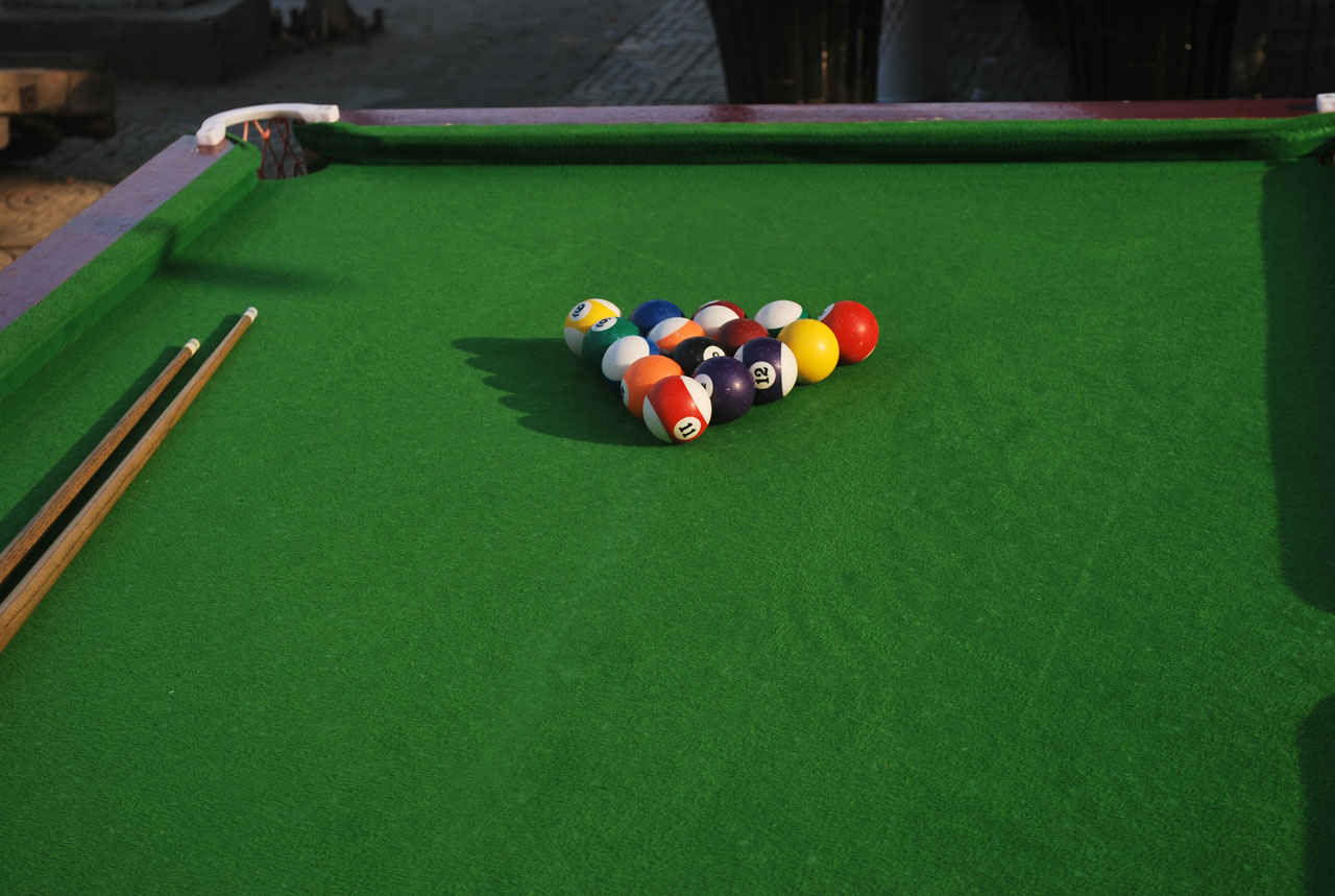 how to set up balls on a pool table